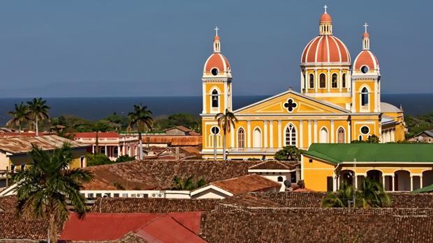 GRANADA AND LEON - Nicaragua